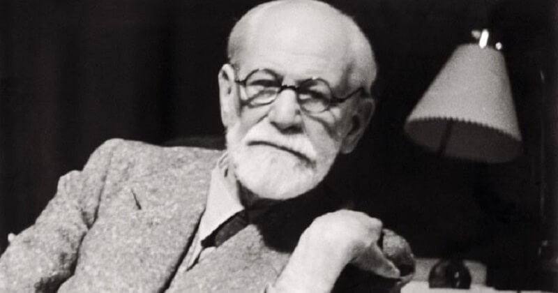 freud vs sullivan The interpersonal and freudian traditions: convergences and divergences the interpersonal and freudian traditions: convergences and unlike freud, sullivan.