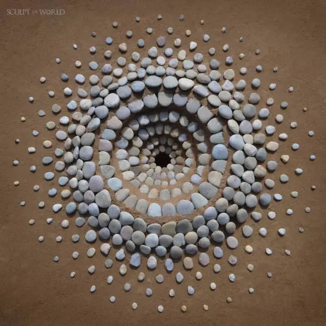 15 Magical Stone Circles. The Mesmerizing Patterns on the Beaches Catch the Eye of Every